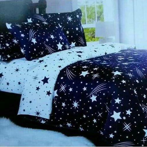 Star Print Duvet set, 1 Duvet, a bed sheet and 2 pillow cases